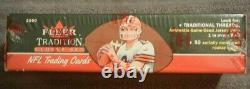 (1) Sealed 2000 Fleer Tradition Glossy Set NFL Trading Cards #3052/7500 T Brady