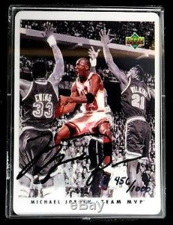 Michael Jordan Autographed Signature Series Porcelain Card Set /1000 UDA COA